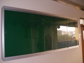 窗型佈告欄